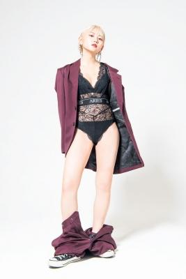Kokoro Shinozaki Swimsuit Gravure Blonde hair strongest beauty002