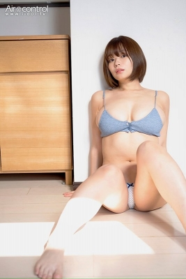 Wachi Tsukasa swimsuit gravure The coldest season of the year is here and at times like this Iwant to sleep with her wrapped around me004