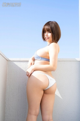 Wachi Tsukasa swimsuit gravure The coldest season of the year is here and at times like this Iwant to sleep with her wrapped around me005