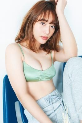 Misaki Kambe Swimsuit Gravure Featured Idol 2021004