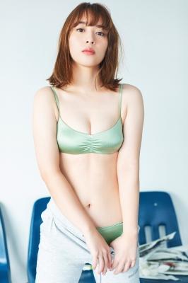 Misaki Kambe Swimsuit Gravure Featured Idol 2021005