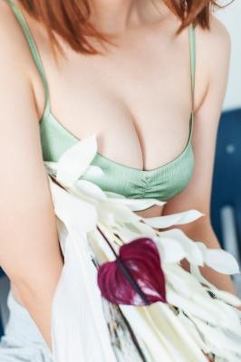 Misaki Kambe Swimsuit Gravure Featured Idol 2021006