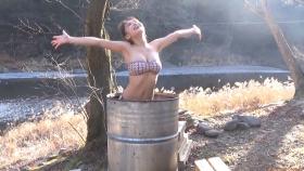 Rio Teramoto swimsuit bikini gravure 19 years oldhot spring in a drum can bath 2021037