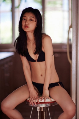 Yuuki swimsuit bikini gravure promising new race queen 2021 2020006