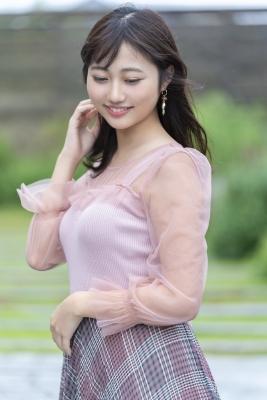 Moe Nishiwaki Swimsuit Bikini Gravure Japans prettiest college girl has her first impressive sex scene 2021007