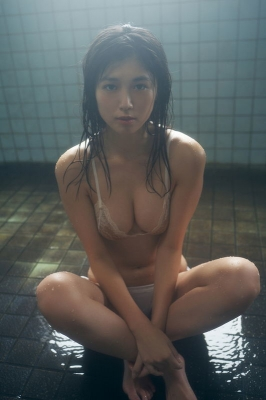 Tamayo Kitamukai swimsuit bikini gravure photo book selling well 2021014