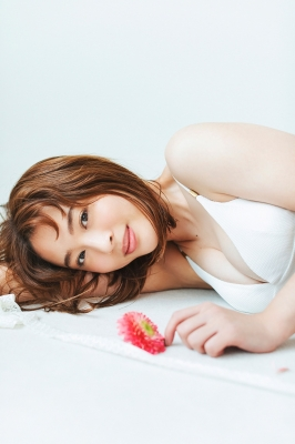 Misaki Kanbe swimsuit bikini gravure sexy 2021011
