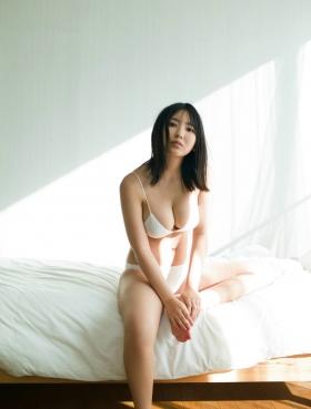 Aika Sawaguchi Swimsuit bikini gravure High school graduation last uniform 2021008