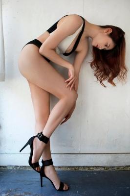 Angela Mei swimsuit bikini gravure I like big sistersdont you012