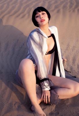 Kyoko Hinami swimsuit bikini gravure forever and ever 2021010