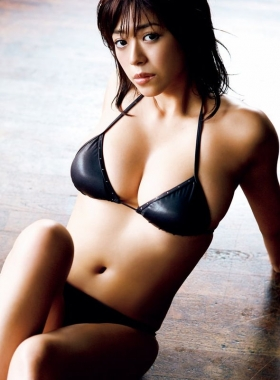 Minami Wachi swimsuit bikini gravure H cup erotic smart sister023