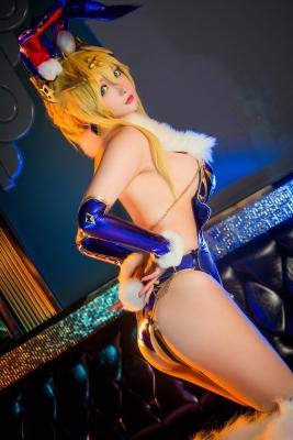 Cosplay Bunny Girl Saber Artoria Pendragon021