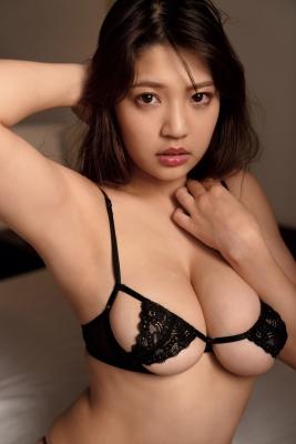 Aoi Fujino Swimsuit Bikini Gravure Bust 100 Icup Kaga Hyakumangoku Bust 2021035