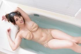 Aoi Fujino Swimsuit Bikini Gravure Bust 100 Icup Kaga Hyakumangoku Bust 2021040