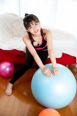 Risa Sawamura Training Wear Balance Ball013