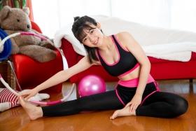 Risa Sawamura Training Wear Balance Ball018