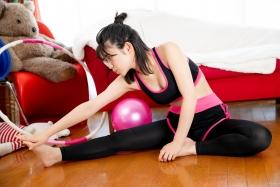 Risa Sawamura Training Wear Balance Ball019