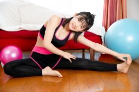 Risa Sawamura Training Wear Balance Ball020