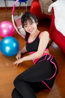 Risa Sawamura Training Wear Balance Ball037