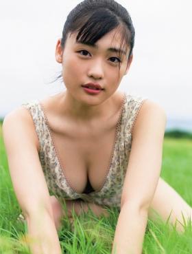 Momoka Ishida swimsuit bikini gravure 23 years old now 2021009