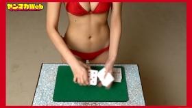 Magic in red swimsuit Yuki Mitera Too beautiful female magician red bikini 2021057