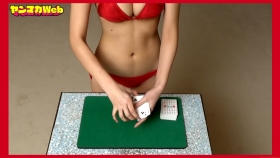 Magic in red swimsuit Yuki Mitera Too beautiful female magician red bikini 2021058