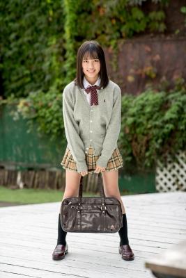 Sarina Kashiwagi School Uniform and Swimsuit003