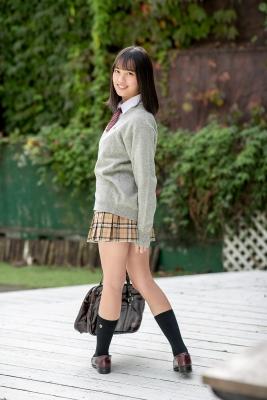 Sarina Kashiwagi School Uniform and Swimsuit006