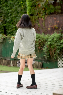 Sarina Kashiwagi School Uniform and Swimsuit007