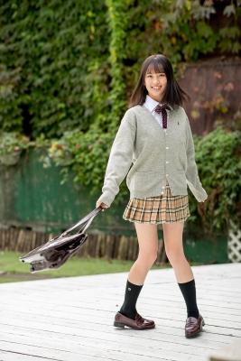 Sarina Kashiwagi School Uniform and Swimsuit008