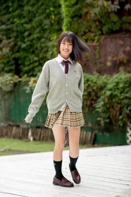 Sarina Kashiwagi School Uniform and Swimsuit010