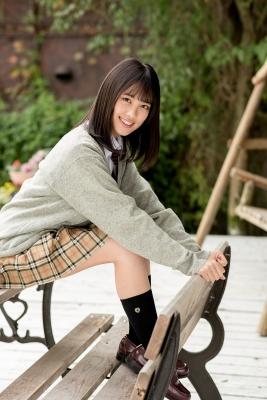 Sarina Kashiwagi School Uniform and Swimsuit014