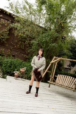 Sarina Kashiwagi School Uniform and Swimsuit039