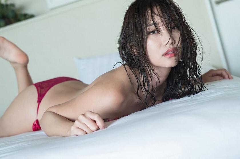 nagao_mariya_ex63.jpg