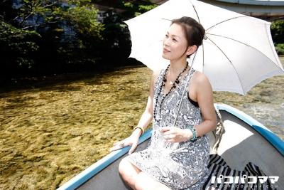 赤坂エレナ 20-08-05 暑い夏の日の野外露出 2