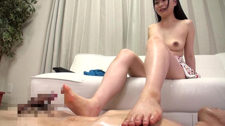 美女の足裏をふやけるまで舐めたい! 羽田 希の脚フェチDVD画像5
