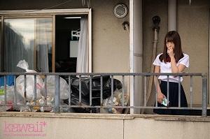 隣人のゴミ部屋で異臭中年おやじに抜かずの連撃中出し46発で孕まされた制服女子の末路… 桜もこ