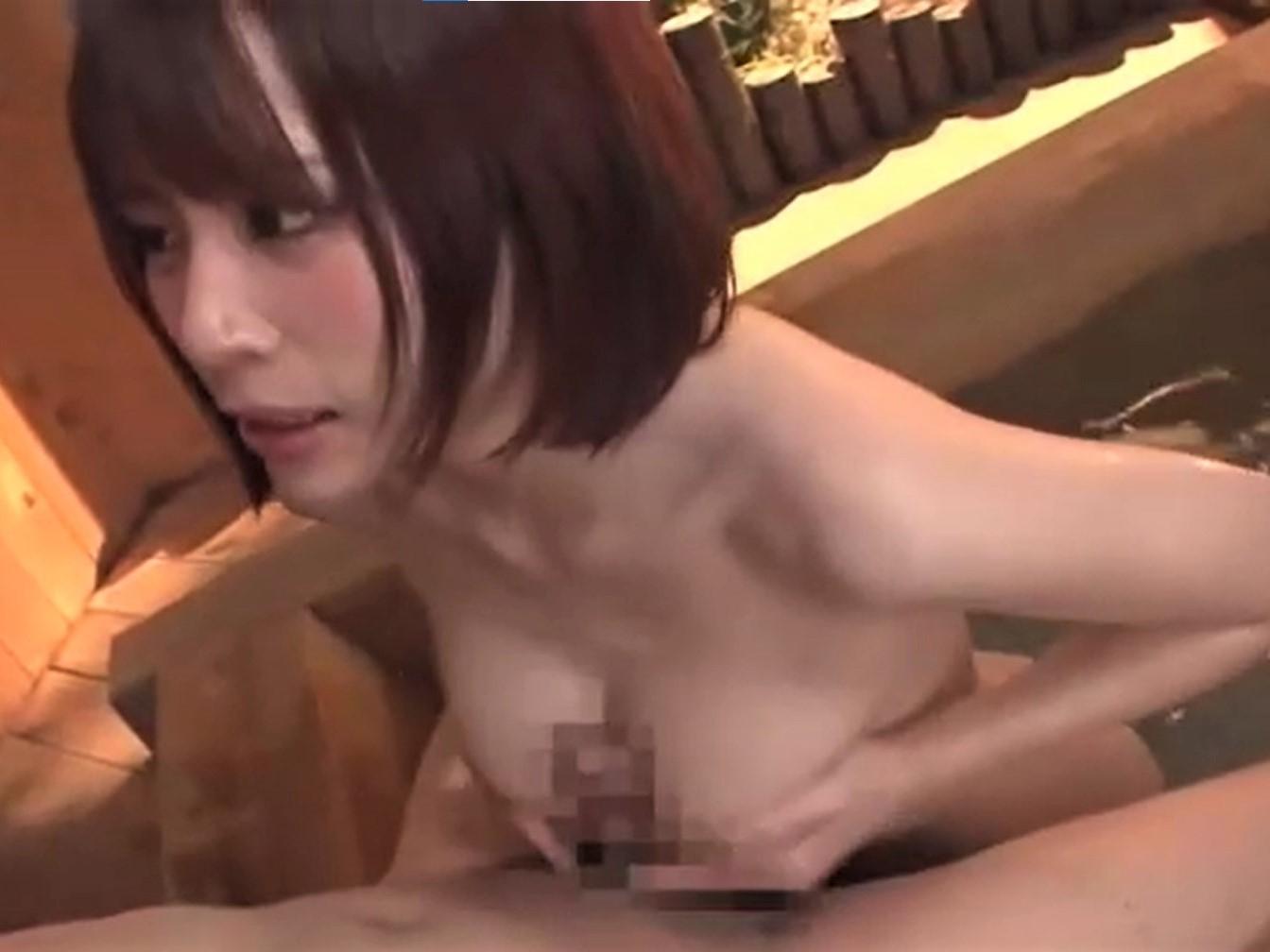 【伊藤舞雪】Fカップ巨乳クビレ美女の後輩に温泉でフェラ&パイズリしてもらっちゃいます!