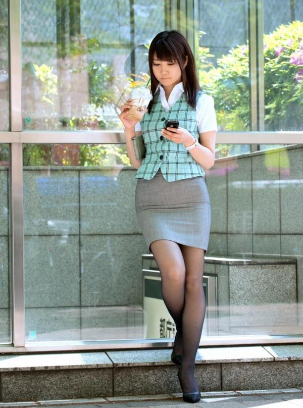 ミニスカート6025.jpg