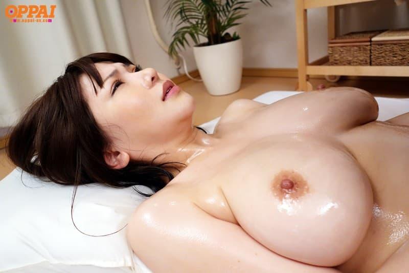 美乳がヌルヌル 28