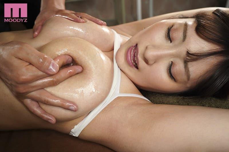 美乳がヌルヌル 26