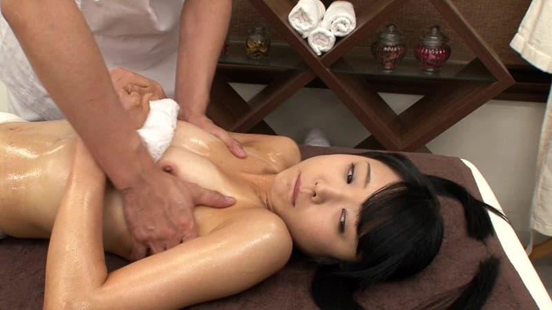 美乳がヌルヌル 8