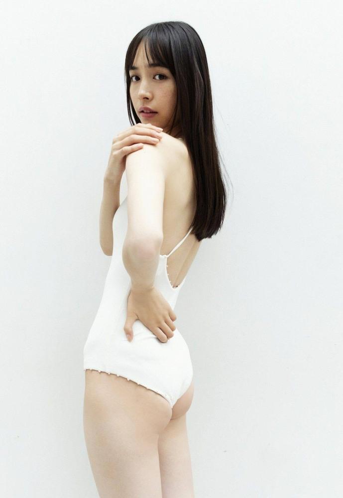 井桁弘恵 47