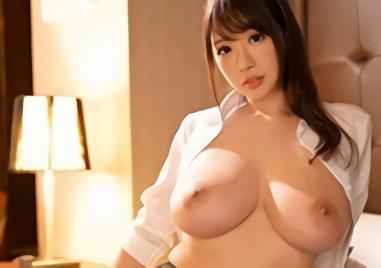 【安齋らら】Jカップ爆乳、超絶カワイイ女上司(OL)と出張先のホテルで相部屋になった部下の男性が暴走!!
