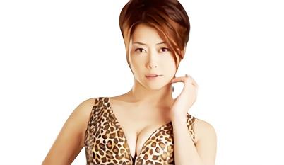 【北条麻妃】スレンダー美熟女(人妻)が豹柄のレオタード着衣で若いチンポを咥え込む濃密セックス!!