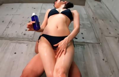 長身美脚スレンダー、ビキニ痴女のお姉さんたちの腿コキ総集編!