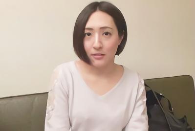 【企画】神奈川県の川崎で見つけた、ほろ酔い気味の激カワ女子大生をナンパ!ラブホに連れ込んで何度イッても腰振りを止めない激ピストン濃密セックス!!