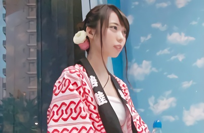 【マジックミラー号】お祭りを楽しみに来た激カワ女子大生をナンパ!20歳のマンコを激ピストンで突きまくる濃密セックス!!