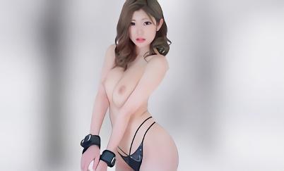 色白巨乳スレンダーの超絶カワイイギャルはド変態マゾ女!スケベ尻をテカテカオイルまみれにしてチンポを挿入する激ピストンのハメ撮りセックス!!