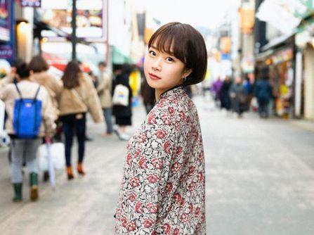 紗倉まなちゃんが好きで、有名になりたくてAVを始めた。ひょんなことから発売前から話題になってしまった女の子。渡辺まお